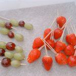 SNSで話題!屋台風フルーツ飴の作り方・レシピ!電子レンジとお鍋どっちが簡単?