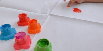 ダイソーおすすめ知育玩具6選!子供が無限に遊び続けたおもちゃ!
