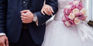 【幸せソング】30代女子におすすめの結婚式BGM/シーン別おすすめソングまとめ10選【動画あり】